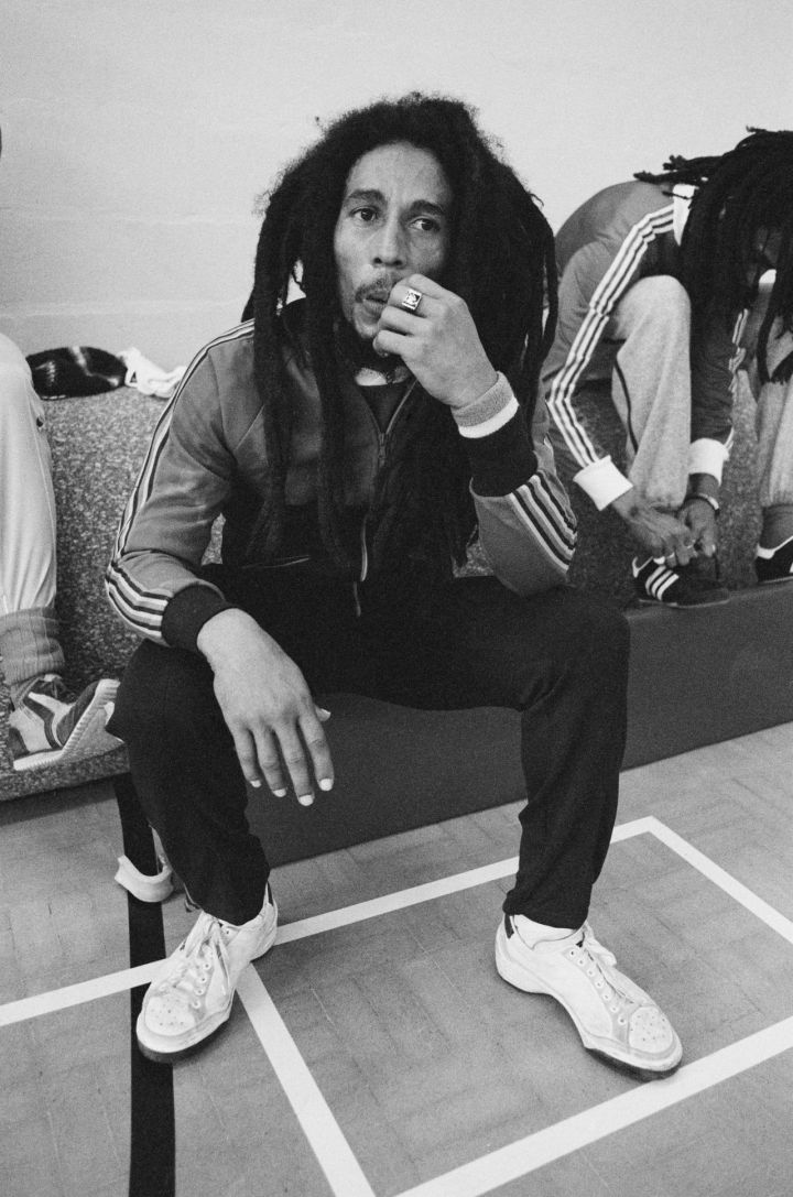 jamaican-singersongwriter-bob-marley-takes-a-break-during-a-football-picture-id112177804-story-large-c6a960b6-fbe4-4c0b-ac7d-3c6cfba734e8