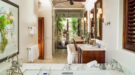 round-hill-hotel-and-villas-master-villa-suite